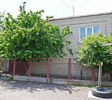 Продаётся двухэтажный дом в Широкой Балке, ул. Богдана Хмельницкого.