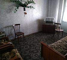 Бендеры Центр 5/5 жилая 2-комнатная