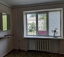 Предлагается комната в коммуне на Хуторской