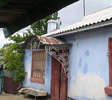 Саманный дом в районе фабрик сувениров