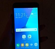 Продам телефон Samsung J7