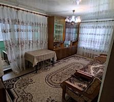 Продается двухкомнатная теплая и уютная квартира с мебелью.