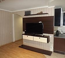 2-х комн. кв. на втором этаже котельцового дома, с мебелью и техникой