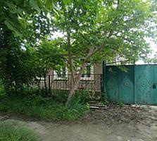 Продаётся дом в Центре г. Бендеры
