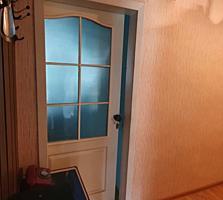 Vând apartament cu 2 odăi, încălzire autonomă, la Botanica!