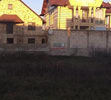 Pret Nou!!! 7,6 ari p-ru constructia casei in sector nou Stauceni