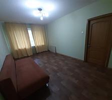 Продам 1 комнатную квартиру ул. Днепропетровская дорога