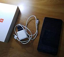 Продам смартфон Сяоми Mi Max 2