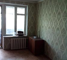 Комната 19,5м в хорошем состоянии, дверь новая,
