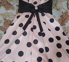 Продам платье выпускное за 150 долларов. Размер 36на рост 150