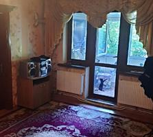 Срочно продается 2-комнт. центр Автономка. середина 1/5 31000 евро!