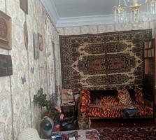 2 комнатная Сталинка на Шелковом.