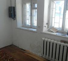 Продается помещение под офис в Центре 50 кв м, в/у, отдельный выход