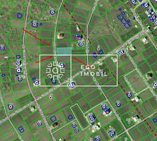 Spre vânzare teren pentru construcție într-o zonă liniștită și ...