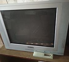Продам рабочий телевизор с пультом