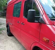Продам срочно!!!!! Mercedes-413 CDI 2000г грузовой