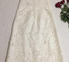 Вечернее платье размера 42-44 / Rochie de seară mărimea 42-44