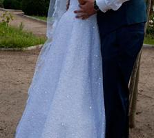 Срочно продается шикарное свадебное платье в связи с переездом.