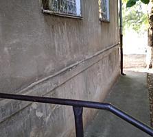 2-комнатная, 1/5 эт. 38 м2 Центр. ул. Свердлова. ПГУ, Драмтеатр- рядом