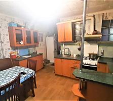 Продаётся просторный дом в центре Терновки