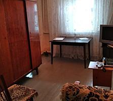 Дом Кирпичи жилой старой постройки 3 комнаты 8 соток