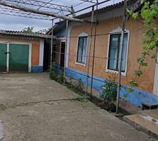 Продам два дома в одном дворе в с. Чобручи по ул. Лиманной.