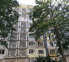 Va propunem spre vinzare apartament spatios in sectorul Botanica. ...