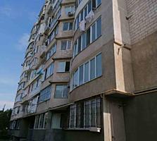 Se vinde apartament cu 2 odai in sectorul Telecentru, strada Vladimir