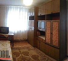 Apartament cu 2 odai in sectorul Buiucani, str. Ion Creanga. Bloc ...