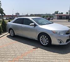Продам Toyota Camry V50 Hybrid XLE 2013г.