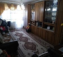 Хомутяновка 2/9 отличная жилая 3-комнатная квартира с мебелью