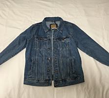 Vînd jachetă denim