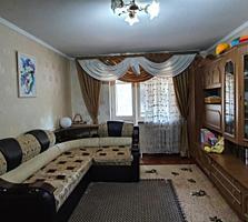 Vând apartament cu 3 odăi la Flacăra, Buiucani!