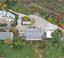 Se vinde teren pentru construcții, amplasat în zona industrială, pe .