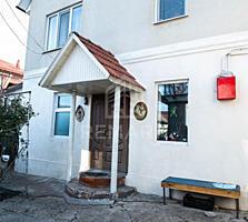 Se vinde casă amplasată în sect. Poșta Veche. Imobilul este situat ...