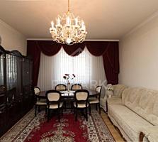 Se vinde casă în Centrul Istoric al Chișinăului, str. A. Sciusev. ...