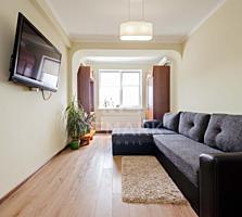 Se vinde apartament cu 2 camere, situat în inima capitalei, str. ...