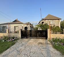 Продам 2 дома в одном дворе, со всеми условиями и мебелью, в п. Глиное