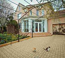 Îți prezentăm casa care vă oferă siguranță, amplasată într-o zonă ...