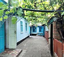 Жилой дом с Гаражом Летней кухней Погребом на участке 5,6 сотки
