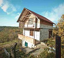 Cvartal Imobil va prezinta spre vinzare casa cu 2 nivele in comuna ...