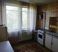 Большая 2-комнатная на Бородинке, раздельные, кухня 9 м2