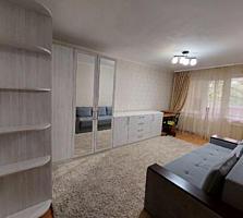 Spre vinzare apartament cu 2 odai amplasat in sectorul Botanica. Et. .