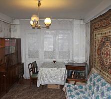 Продам двухкомнатную квартиру возле Донецк Сити