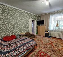 Продается хорошая часть дома на Масложире, по проезду Чехова.