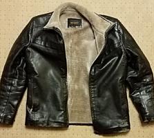 Куртка. кожзам. б/у