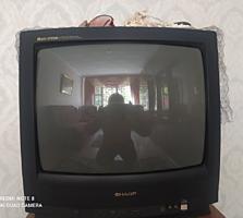 Продаю телевизор цена договорная