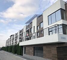 Oferim spre vânzare TownHouse in 3 nivele, stil - High Tech, in sec. .