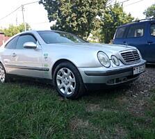 Срочно! Продам ухоженный Mercedes-Benz CLK