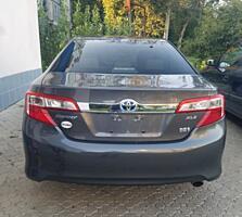 Продам Тойоту Камри 2013г. гибрид XLE
